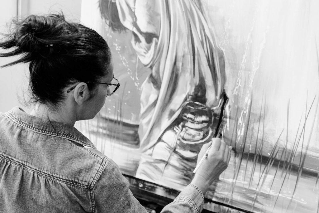Cécile Desserle dans son atelier